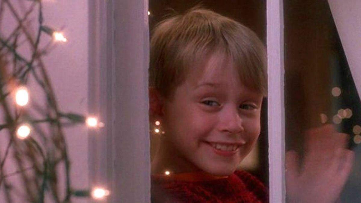 Как выглядят актеры из известных рождественских кинолент: порівняння
