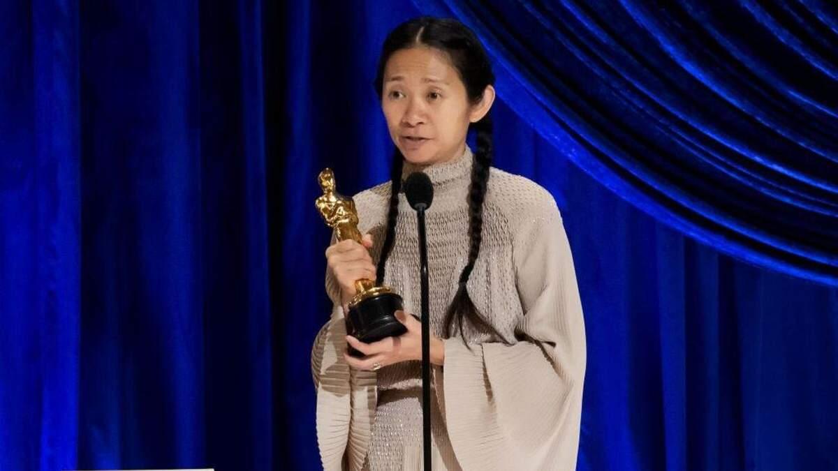 Друга жінка-режисерка в історії Оскару: Хлої Чжао у переможній промові