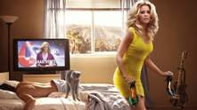 Легкі весняні комедії до 8 Березня, які розвеселять жіночими витівками