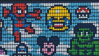 Художник змінює реальність завдяки піксельним малюнкам: фото веселого мистецтва