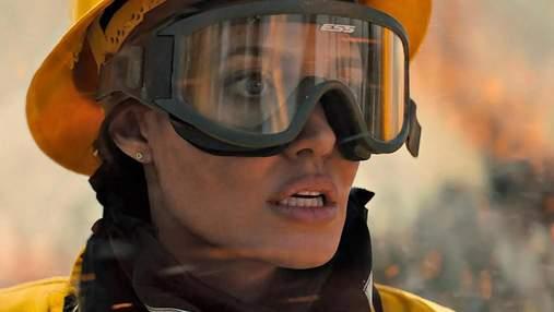 Мы становимся сильнее, когда переживаем невзгоды: эксклюзивное интервью с Анджелиной Джоли