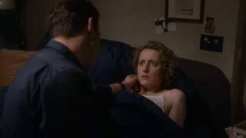 """Дружина бажає сексу з чоловіком-роботом у новому фрагменті комедії """"НЕідеальний чоловік"""""""