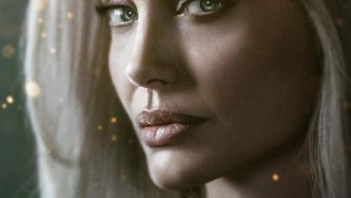 """Загадочная Анджелина Джоли на постере """"Вечных"""" и другие актеры эпической ленты Marvel"""